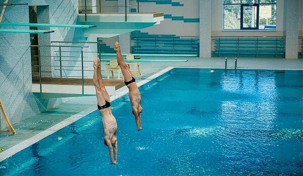 бассейны для прыжков воду