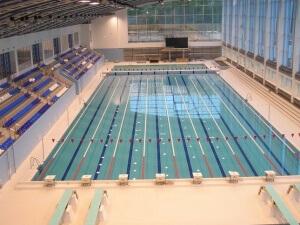 Места для зрителей бассейнов