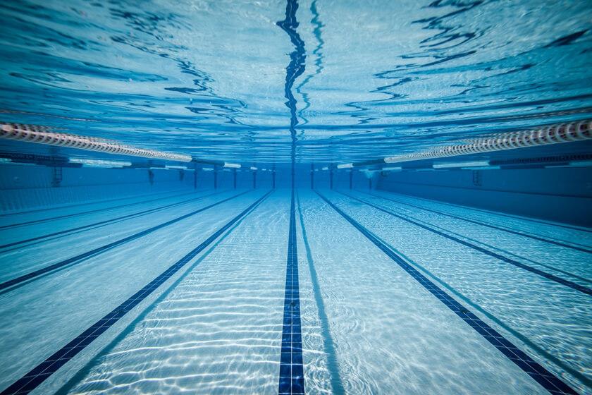 Подача воды в бассейн